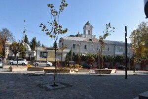 У Луцьку побільшало місць для відпочинку: з'явився ще один сквер