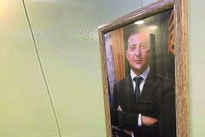 Якжителі київської багатоповерхівки уліфті зВолодимиром Зеленським каталися