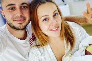 Пововнення в сім'ї українських зірок. «Вітайте Марію Тарасівну третю —  так схожа на татуся!»