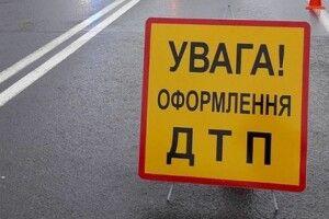 Смертельна аварія на Рівненщині: від зіткнення вантажівки і «Audi» загинула одна людина