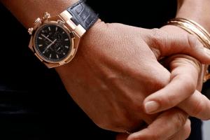 Механічні чи кварцові годинники: як розібратися у термінології?