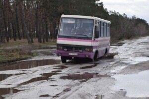 Нардеп з Волині просить в уряду гроші для капітального ремонту дороги Рожище-Сокіл