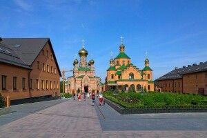 У Києві спалах коронавірусу в Голосіївському монастирі УПЦ (МП)