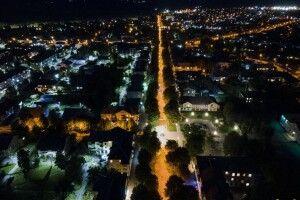 Волинське місто зняли вночі з висоти (фото)