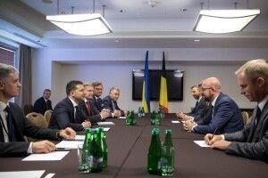 Президент України Володимир Зеленський зустрівся у Варшаві із прем'єр-міністром Бельгії Шарлем Мішелем