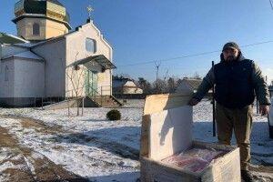 У Шацькому районі при церкві створили деревообробну майстерню для дітей