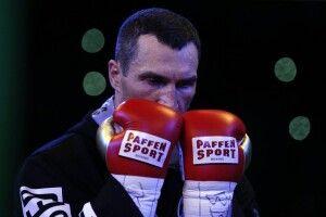 Володимир Кличко може повернутися на ринг заради рекорду
