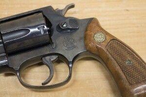На Волині торгівця зброєю взяли на гарячому