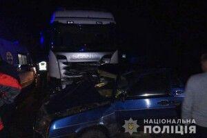 На Волині внаслідок ДТП легковик перетворився на купу брухту, загинуло троє людей
