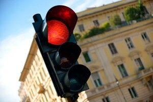 Волинські патрульні закликали водіїв не перти на «червоний»