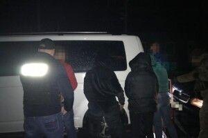 Працівники служби безпеки України припинили діяльність каналу торгівлі людьми до Росії