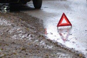 У Луцьку на перехресті автомобіль збив жінку