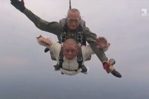 Ветеран АТО, який втратив обидві ноги, підкорив  Говерлу та  стрибнув із парашутом