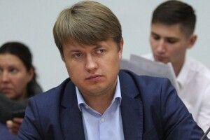 Нардеп з Волині заявив  про шкідливість блокади російських вагонів людьми Семенченка