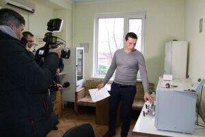 Відповідає ГОСТу: у Луцьку активісти з газовиками визначили якість газу