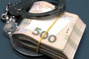 500 гривень: волинським поліцейським пропонували хабар за незаконний товар