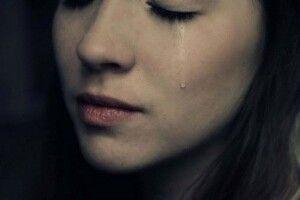 «Чому заплакані очі?»