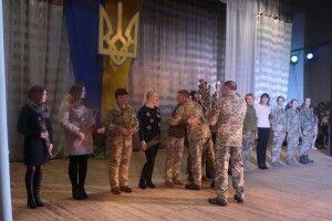 У Володимирі урочисто зустріли військовослужбовців ЗРП, які повернулись зі Сходу (Фото)