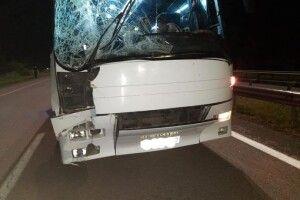 На Рівненщині автобус з паломниками зіткнувся з фургоном