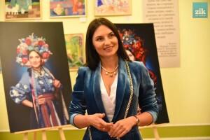 Фотопроект «Багатодітне материнство» репрезентували у Львівській ОДА