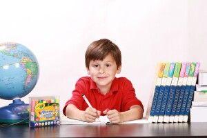 У Луцьку можуть заборонити вітати у школах хлопчиків з 14 жовтня, а дівчаток 8 березня