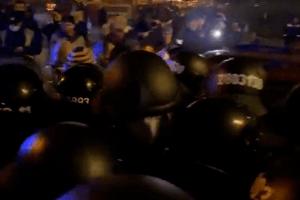 Суд залишив під вартою Андрія Антоненка та Юлію Кузьменко: почалися сутички між активістами та поліцією