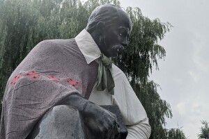 Пам'ятники у Володимирі-Волинському святково вбрали (Фото)