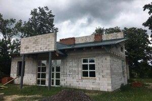 На Любешівщині відновлено роботи з реконструкції  сільського  ФАПу