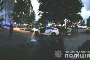Бойовик на вулицях Вараша: підстрелені собака та людина, побита машина і сльозогінний газ (Фото)