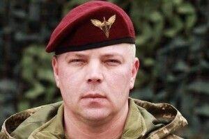 За такими мужніми та професійними військовими майбутнє армії – Порошенко привітав генерала Забродського із днем народження