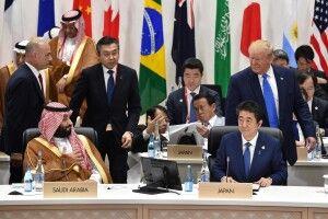 Дональд Трамп розіграв наслідного принца Саудівської Аравії