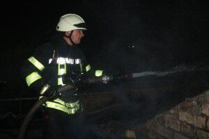 У Києві стріляли в бійців ДСНС, які прибули гасити пожежу