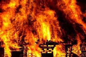 На Волині через пічне опалення в людей загорілась хата
