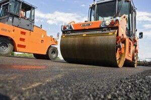 На Волині розкрили змову посадовців під час ремонту доріг: можлива розтрата коштів