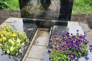 На Рівненщині двоє дітей осквернили могили на цвинтарі