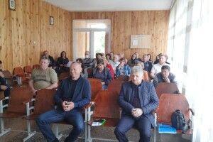 Який податок мешканцям села Світязь пропонують платити за прийом відпочивальників