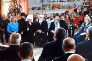 В окупованому Криму жінка перехрестилася під час зустрічі з Путіним (Відео)