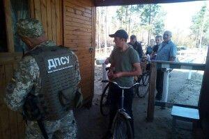 На українсько-білоруському кордоні розпочали пропускати громадян для збору ягід