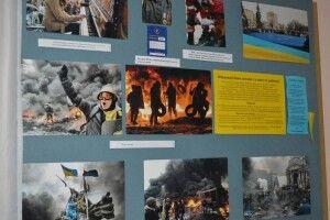 У Ковельському історичному музеї діє виставка «Герої не вмирають!»