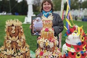 Фестиваль у Володимирі: на завершення гостей пригостили священним хлібом