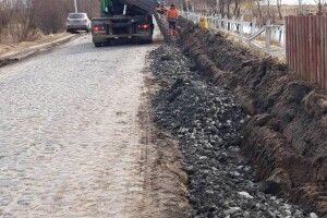 Дорожники взялися за ремонт дороги до Світязя: відрізок шляху розширять (Фото)