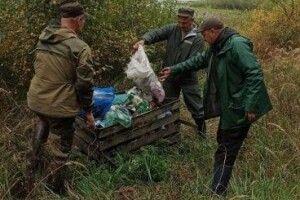На Волині природоохоронці прибрали урочище «Перша Лядина» від сміття, яке там залишила якась ***дина