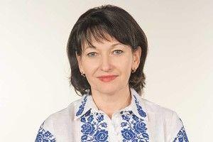 Народний депутат від Волині Ірина Констанкевич зворушливо привітала вчителів