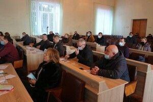 На Волині депутати проголосували проти підвищення тарифів і за відшкодування своїх витрат з місцевого бюджету