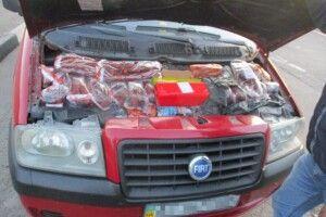 На кордоні з Польщею прикордонники знайшли приховані товари (Фото)