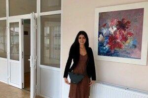 Волинська художниця 9 місяців малювала картину, яку подарувала перинатальному центру