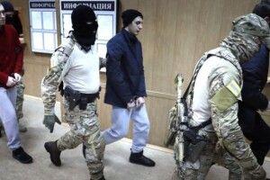 Українських моряків звільнили в Росії на поруки омбудсмена Людмили Денісової