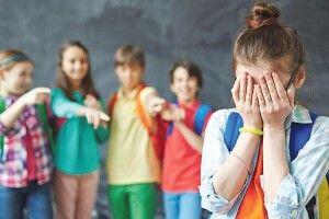 А ви готові повстати проти булінгу досвідченого вчителя? Волинські відповіді