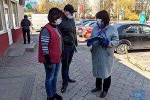 У Володимирі-Волинському поліція і Держпродспоживслужба обстежували заклади торгівлі