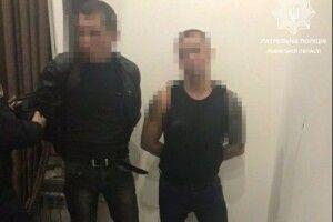 Грабіжники напали на дівчат, які орендували квартиру